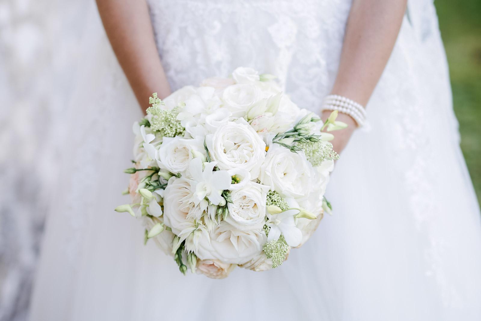 Brautstrauß einer Braut in Weiden am See
