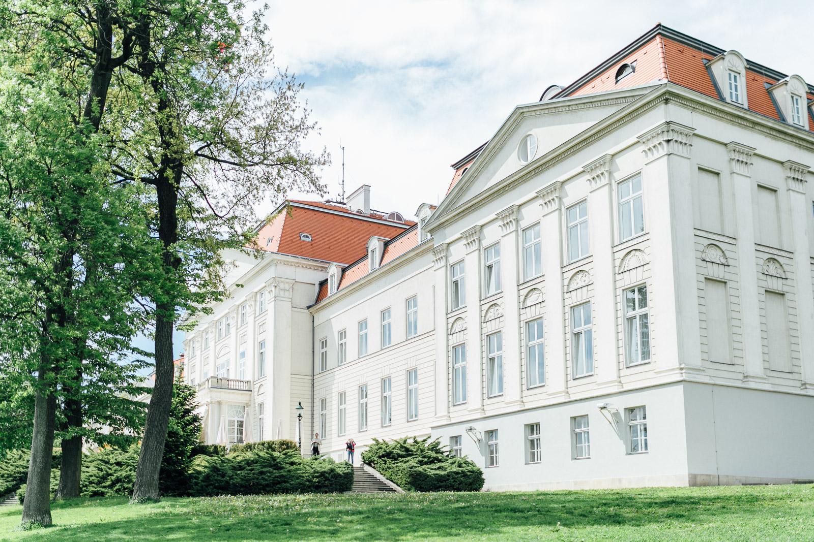 Hochzeitslocation Schloss Wilhelminenberg Wien