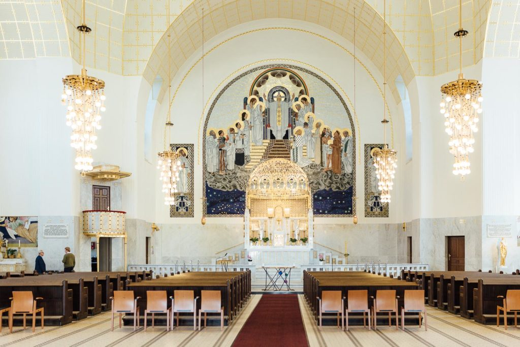 Innenraum der Kirche am Steinhof in Wien